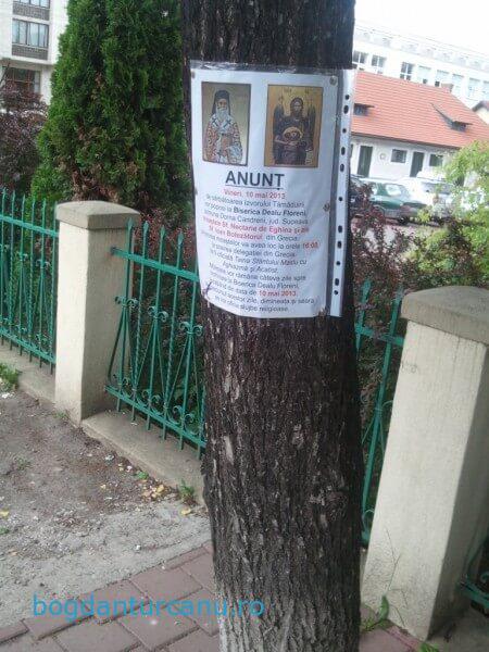 Afis pe copac in Suceava